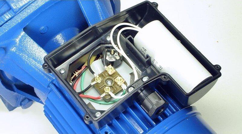 wenn der motor nur brummt ist evtl der kondensator kaputt. Black Bedroom Furniture Sets. Home Design Ideas